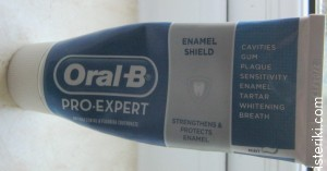 Oral B Pro-expert toothpaste